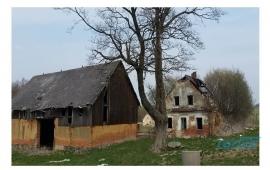 Bývalý zemědělský areál s pozemky v Dětřichově u Bruntálu