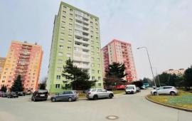 Prosluněný byt 1+1 se dvěma lodžiemi, Fibichova, Šumperk