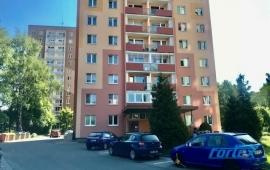 Pronájem bytu 2+kk se zasklenou lodžií v centru města, Šumperk