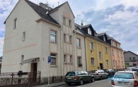 Cihlový byt 2+1 s garáží a dvorkem, Šumperk
