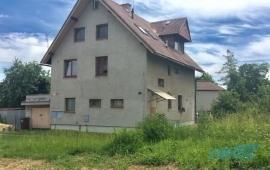 Cihlový byt 2+1 s vlastní zahradou